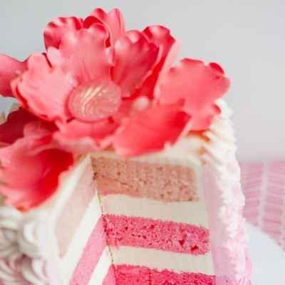 Pink wedding cakes