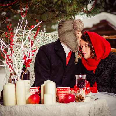 Winter red wedding photo session ideas
