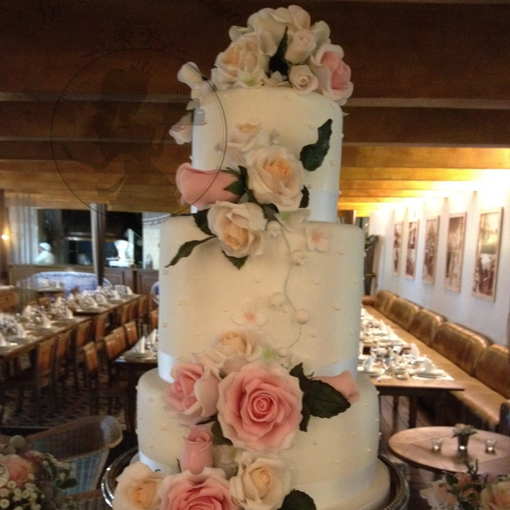 Romântic wedding cake