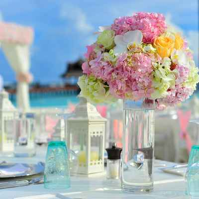 Beach wedding floral decor