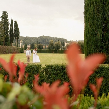 Outdoor green real weddings