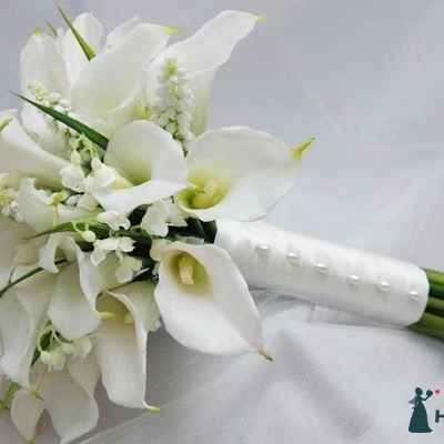 Calla wedding bouquet