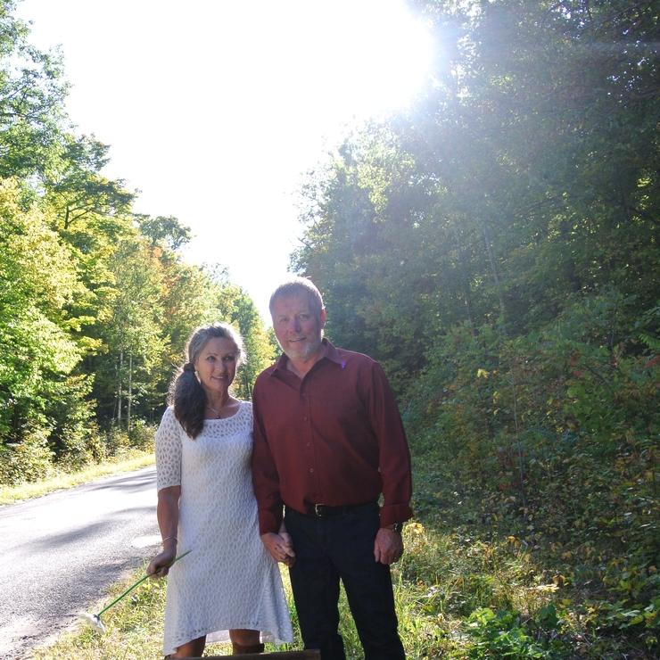 Elizabeth Wiggins - Life-Cycle Celebrant for Weddings