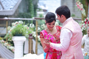 Pink ethnical wedding photo session ideas