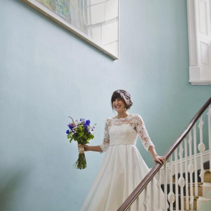 Kate's 50's inspired wedding dress