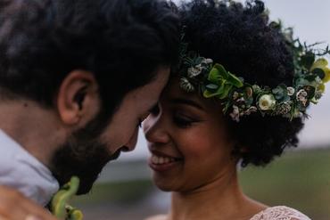 Outdoor wedding photo session ideas
