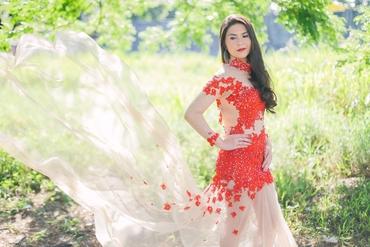 Red short sleeve wedding dresses