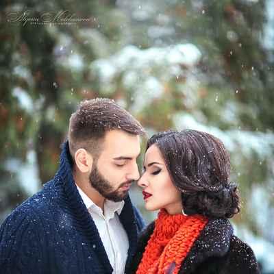 Outdoor winter white wedding photo session ideas