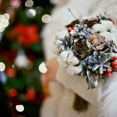 Winter brown alternative wedding bouquet