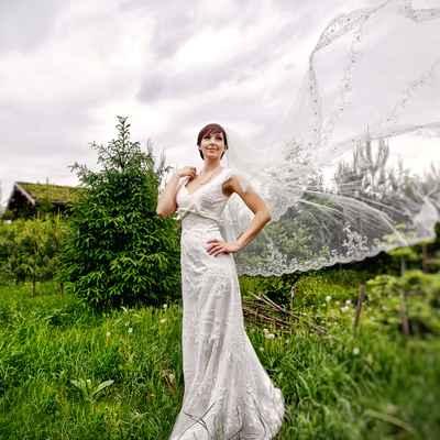 Spring short sleeve wedding dresses