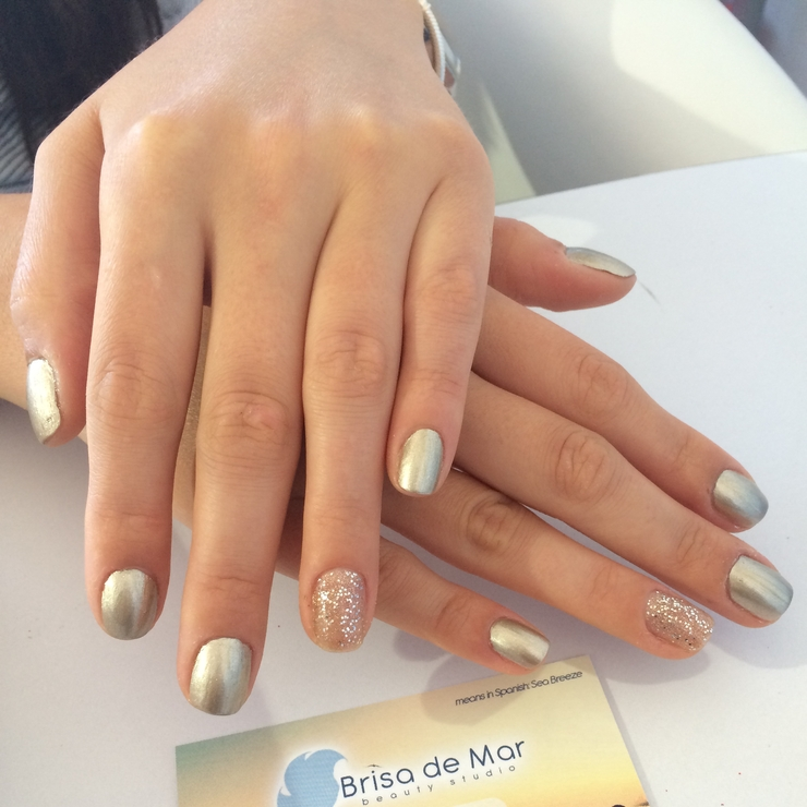 Perfect nail for the big day!!!