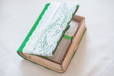 Green wedding ring pillows