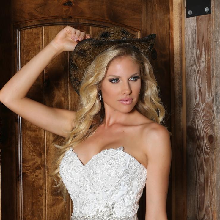 Madison's Bridal Boutique Flag