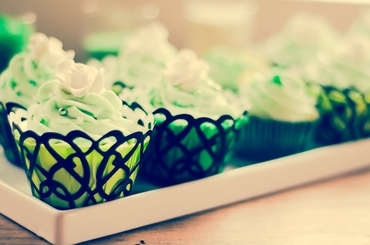 Green wedding cupcakes