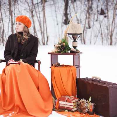 Winter orange photo session decor