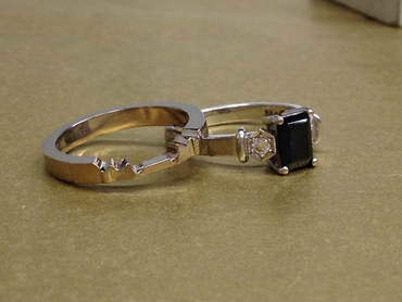 Black wedding rings
