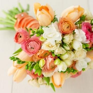 Orange friezes wedding bouquet