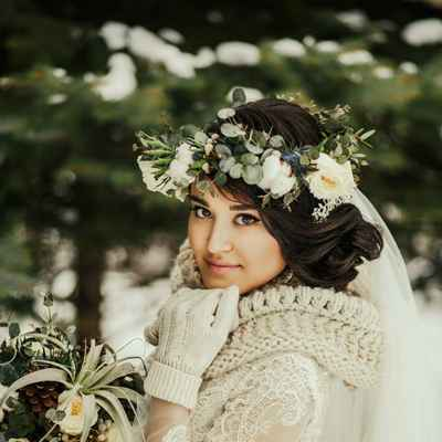 Outdoor winter ivory wedding headpieces, veils, cover-ups & brooches