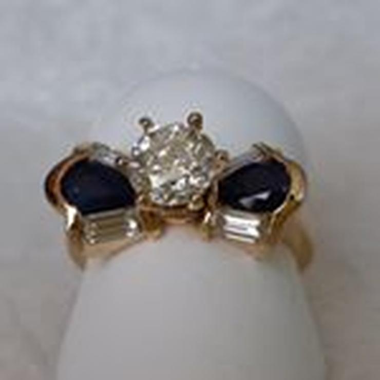 Fernando's 45 wedding anniversary ring