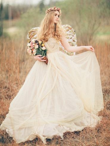 Themed ivory bridal style
