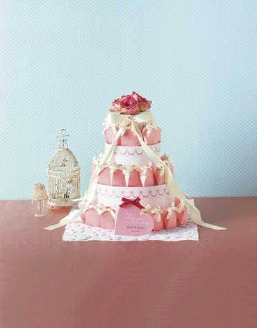 Pink wedding favours