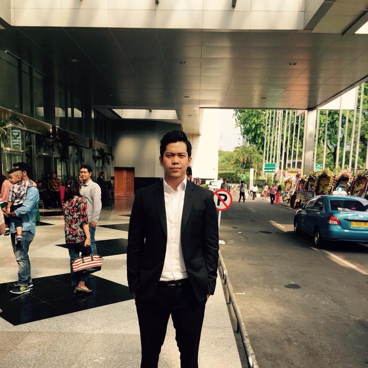 Alwin Ong Graduation Suit