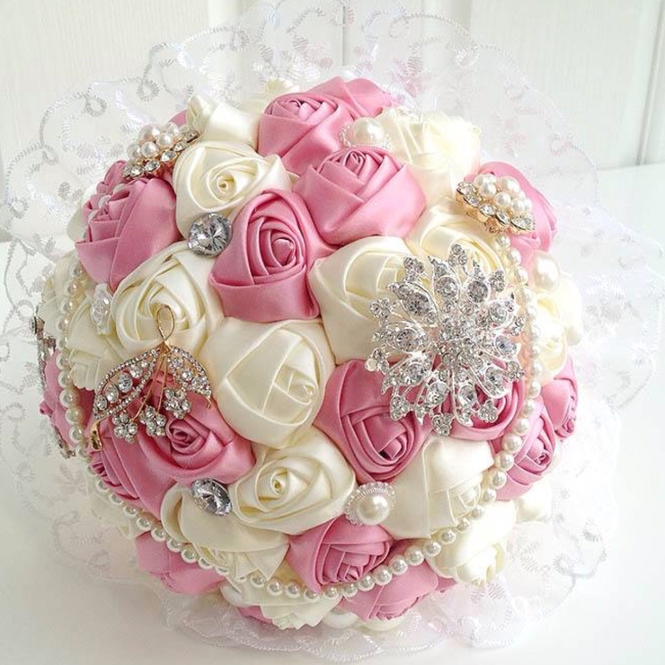 Brooch bouquet destination wedding
