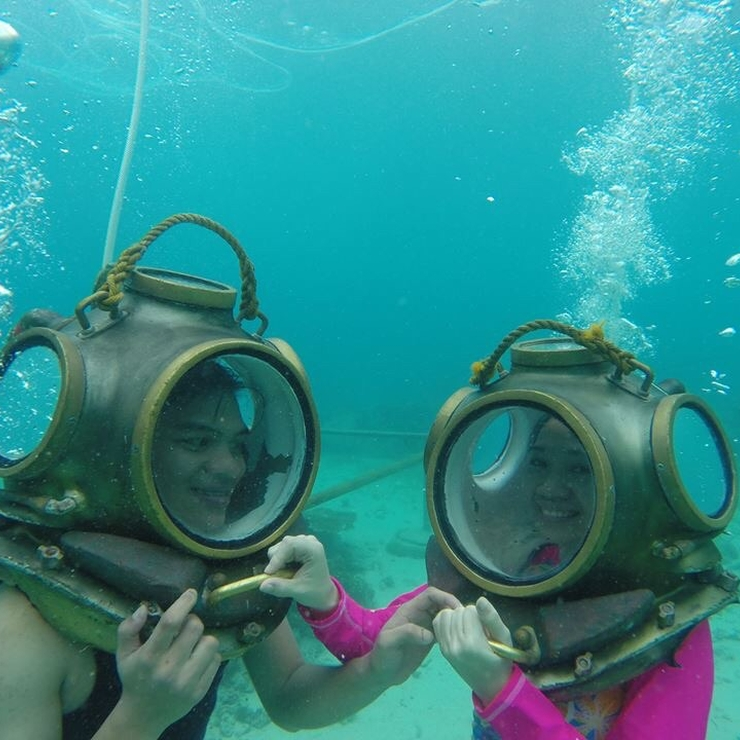 Cebu Underwater Adventure Honeymoon
