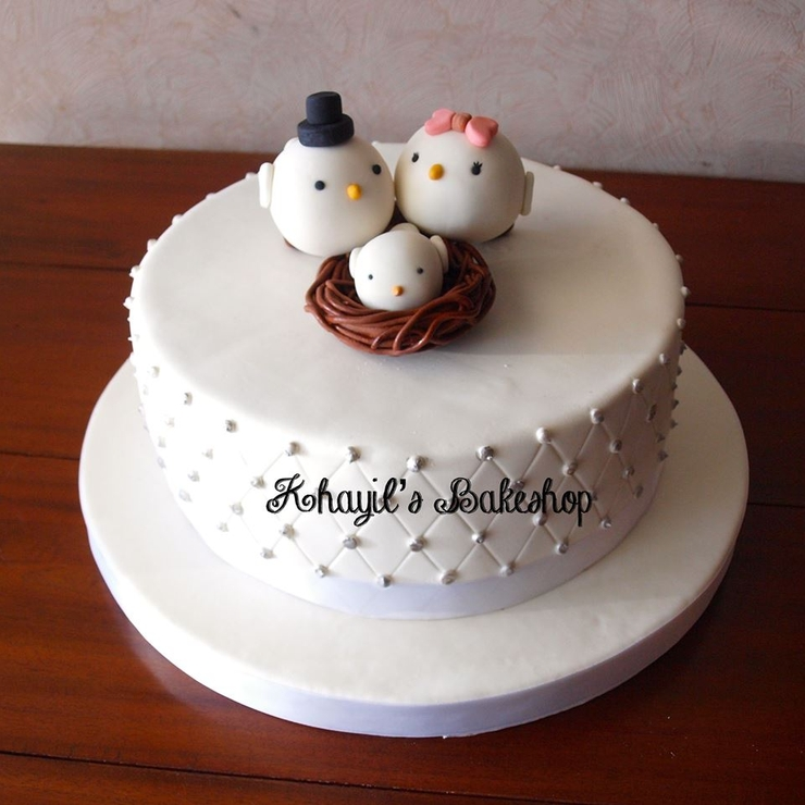 Dove wedding cake