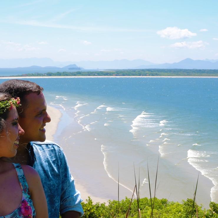 Thaiane e Claudio - Pre-wedding Ilha do Mel Brazil