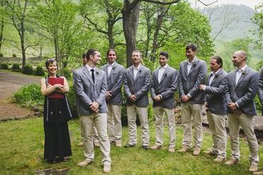 Outdoor summer grey wedding photo session ideas