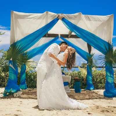 Beach blue real weddings