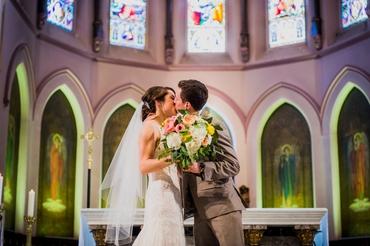 Overseas ivory wedding photo session ideas