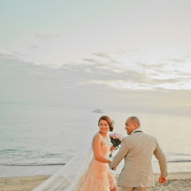 Beach Wedding Fhel and Mhec