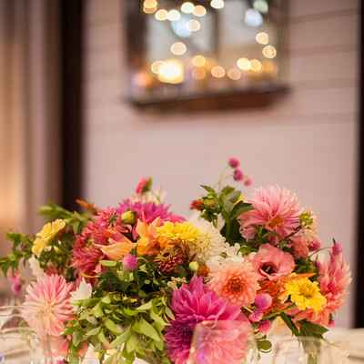 Overseas yellow wedding floral decor