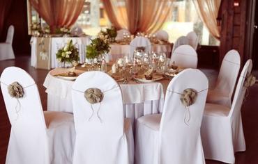 Ivory wedding reception decor