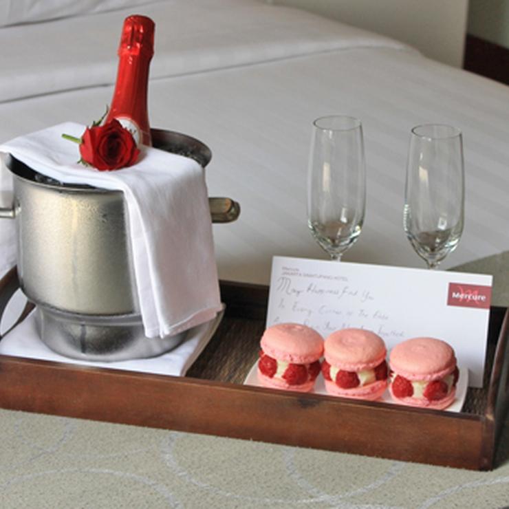 Romantic Honeymoon Room