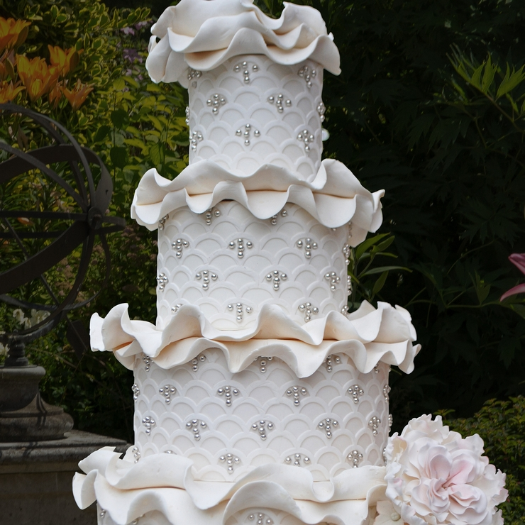 Marina ruffle cake