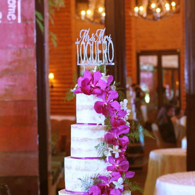 Laurence + Trisha Nuptials : 4 tiered Naked Vanilla Cake with Vanilla Buttercream frosting and fresh