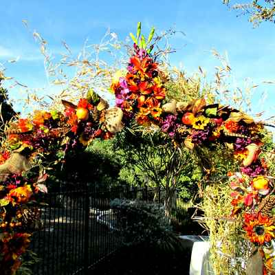 Outdoor autumn wedding floral decor