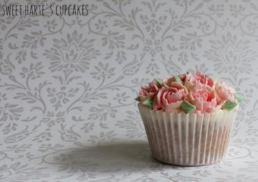Pink wedding cupcakes