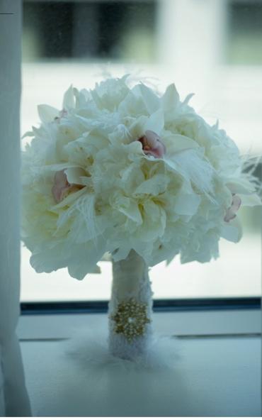 White peony wedding bouquet