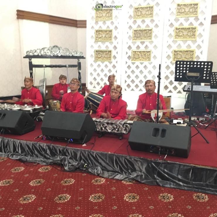 Gedung Antam Wedding adat Jawa