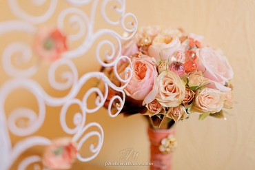 Vintage pink rose wedding bouquet