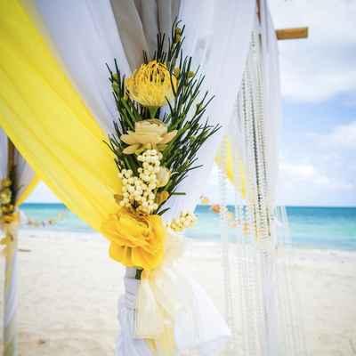 Beach yellow wedding floral decor