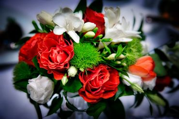 Red friezes wedding bouquet