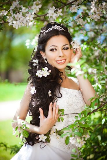 Spring bridal style