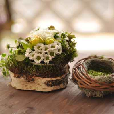 Rustic green wedding floral decor