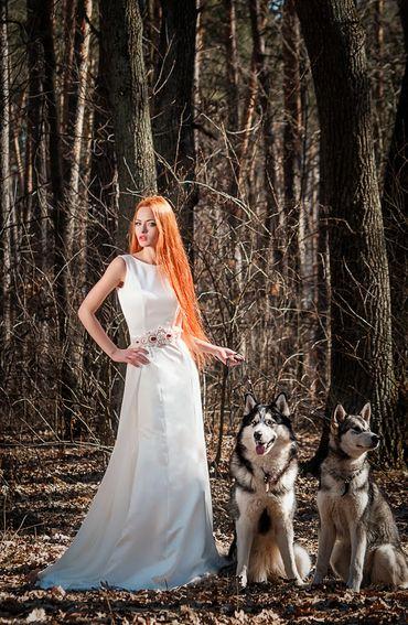 Autumn straight wedding dresses