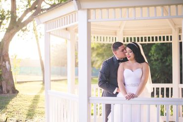 Outdoor real weddings